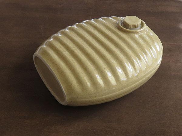 多治見市 加藤さん 陶器の湯たんぽ